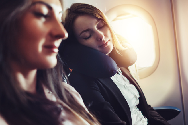 Sleeping on the plane: 10 tips for doing it the right way!