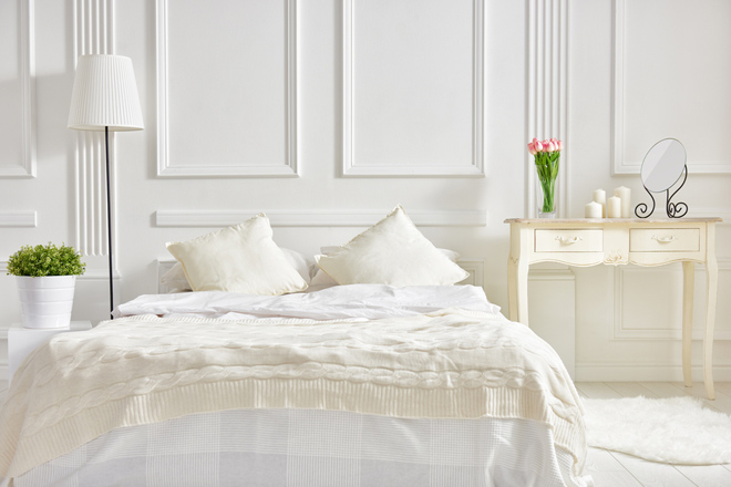 The spring cleaning checklist for your bedroom!