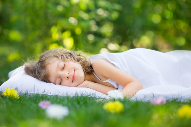 """In April sleep is sweet"" is an Italian proverb: what does it mean?"
