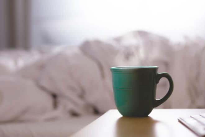 Caffeine against healthy sleep: discover valuable alternatives for better sleep!