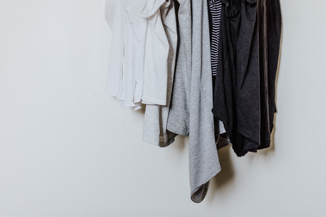 How to clean the closet